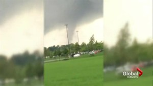 No warning for Windsor, Ont. residents before tornado