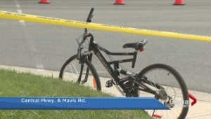 Elderly male cyclist struck and killed in Mississauga