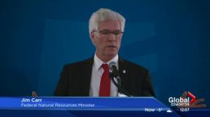 Jim Carr sells Kinder Morgan, Enbridge Line 3 pipelines in Edmonton