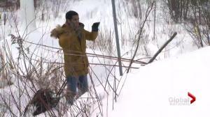 Asylum seekers break law, risk crossing into Canada