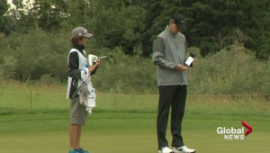 Calgary teen who survived cancer becomes golf caddy at Shaw Charity Classic