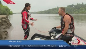 Melissa gives jet skiiing a try