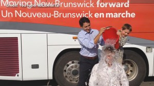 N.B. Liberal leader takes ice bucket challenge with help from Justin Trudeau