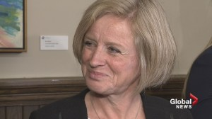 Rachel Notley doesn't believe minimum wage increase will cost jobs