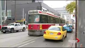 Buses to replace 501 Queen streetcars this summer