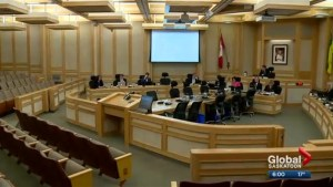 Large tax hike looms as Saskatoon city council discusses ways to balance taxation and services