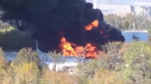 Raw video: Fuel reservoir burns following bombardment in Ukraine