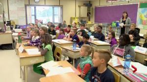 Global Saskatoon meteorologist visits Pope John Paul II School in Saskatoon