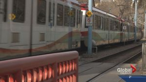 Calgary Transit introduces four car CTrains