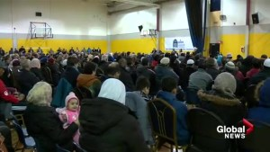 Multi-faith prayer at Calgary mosque sends message of support