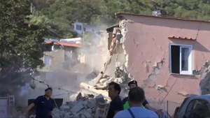 Earthquake devastates Italian holiday island