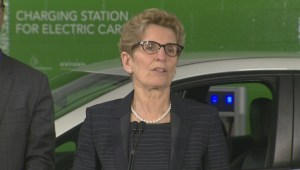 Wynne calls Toronto taxi protest a reaction to modernization all industries are facing