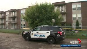 1 man dead, another in hospital after north Edmonton stabbing