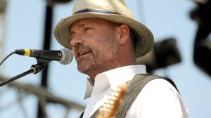 Pre-sale fan club tickets for The Tragically Hip's final tour sell out in minutes