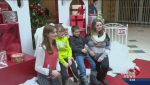 Christmas shopping Saturday packs Regina malls