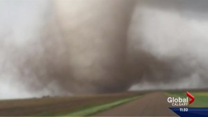 Powerful tornadoes in Kansas