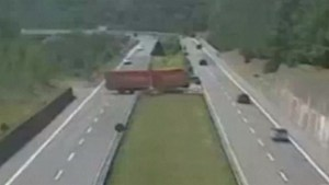 Driver charged after attempting to U-turn across multi-lane highway in 18-metre truck