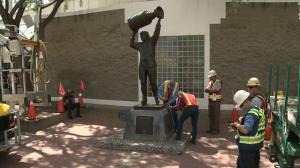 Wayne Gretzky statue leaves Rexall Place