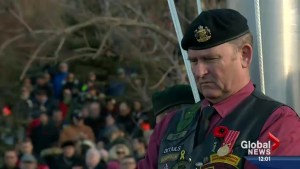Calgarians pause to pay respects our veterans and serving soldiers