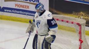 Saskatoon Blades salvage point in shootout loss to Everett Silvertips