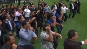 Emotional haka war dance performed at funeral of New Zealand rugby star Jonah Lomu