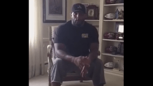 Former Baltimore Raven Ray Lewis makes passionate plea to end riots
