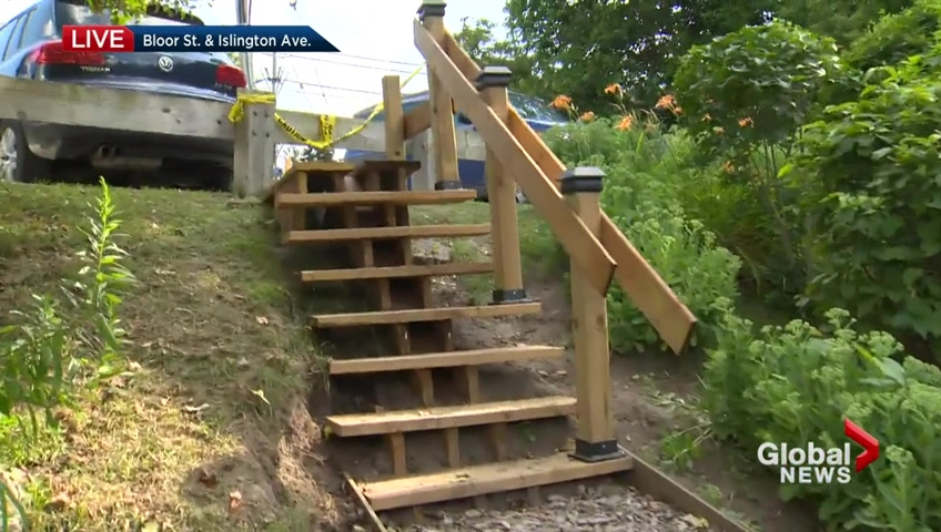 Local man sidesteps city's wishes, builds his own staircase at Etobicoke park