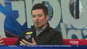 Alex Tagliani challenges students to an allergy-friendly food drive