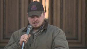 Extended: Farmers rally at Alberta Legislature