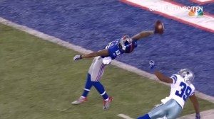 New York Giants' Odell Beckham makes a spectacular one-handed catch