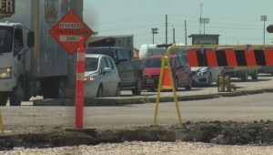 Mayor supports 24/7 construction in Winnipeg