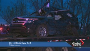 2 adults, 2 children seriously injured in crash near Gibbons