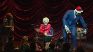 Barbara Bush, JJ Watt team up to read Christmas stories to children