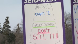 Hundreds protest public sector wage cuts during Rally at Saskatchewan legislature