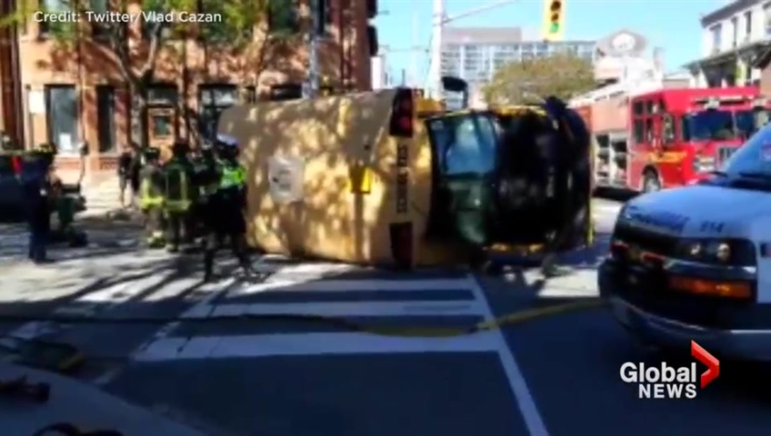 5 children injured after school bus rollover in downtown Toronto
