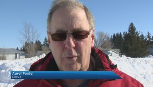 Southern Manitoba town opens doors to 20 foot snow drifts
