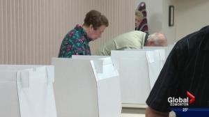 Edmontonians react to push to lower civic voting age