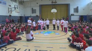 Souvenir Elementary students fund raise on Valentine's Day
