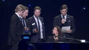 Canucks sing with Sarah McLaughlin