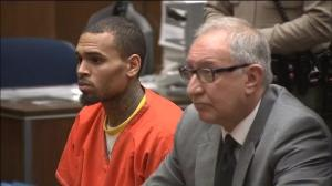 Judge orders Chris Brown to remain in jail