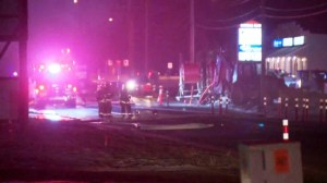 Gas line rupture causes explosion in High River