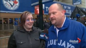 Crowds pack the Rogers Centre ahead of the Jays home opener