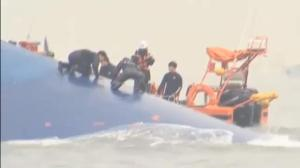 Bad weather hampers search for survivors of South Korean ferry disaster