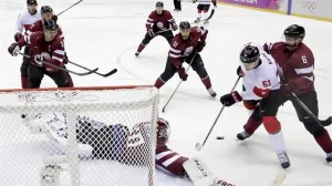 Canada's women hockey team goes for the gold