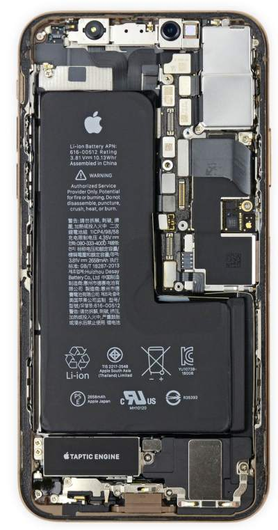 Weirdly-shaped iPhone XS battery maximizes every millimeter of space inside the chassis