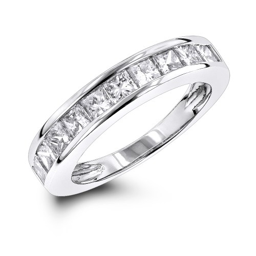 Medium Of Princess Cut Diamond Rings