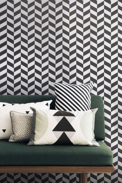 Angle Wallpaper - 1 roll - W 53 cm Black patterns / White by Ferm Living