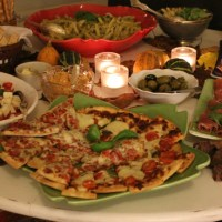 Italiensk buffé, charkuterier,pizzaslices & Pasta pesto