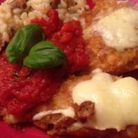 Parmesan panerad Kyckling med Tomatsås