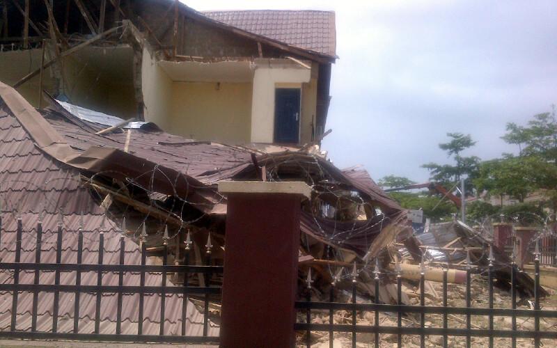 collapsed duplex in Citec-Mbora